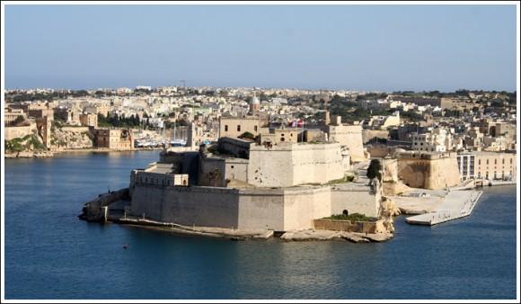 Форт Сант-Анджело на Мальте, преданный госпитальерам на 99 лет