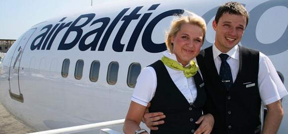 airBaltic_stewardess