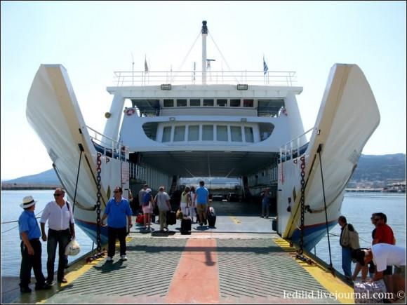 Kavala_Tassos_ferry_2