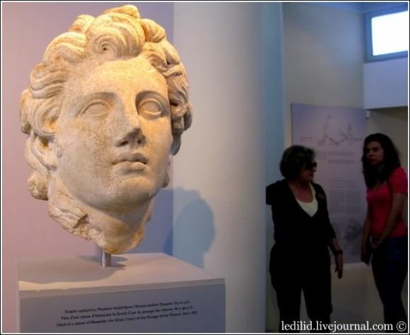 У райцентрі Тасоса, містечку Ліменас, — чудовий археологічний музей