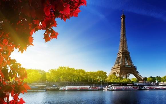 France_Ukraine_Eifel_tower_1