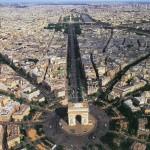 У Парижі арештували туриста, який знімав місто за допомогою безпілотника