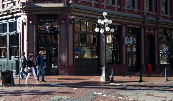 Площа Гессі Джека у Ванкувері - саме тут Крістіан Грей врятував Анастейшу від необережного велосипедиста