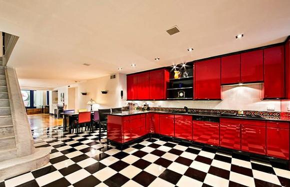 """Кухня в """"квартирі Мерилін"""" має досить сучасний вигляд"""